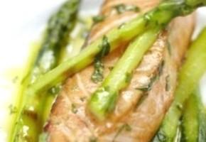 asperges et papillotes de saumon