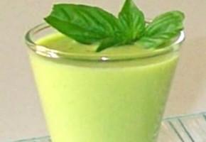 milk shake de fèves au basilic
