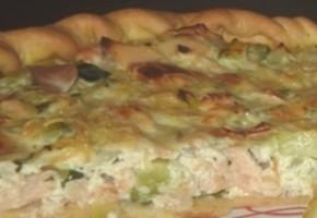 quiche aux courgettes, saumon et fromage de chèvre