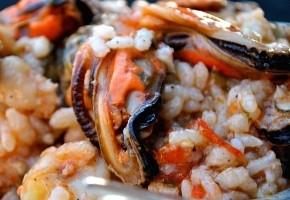 riz aux moules et aux légumes