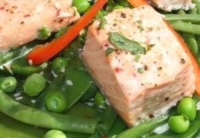 saumon et légumes à la vapeur