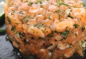 tartare de saumon frais et fumé, sauce gingembre et citron vert